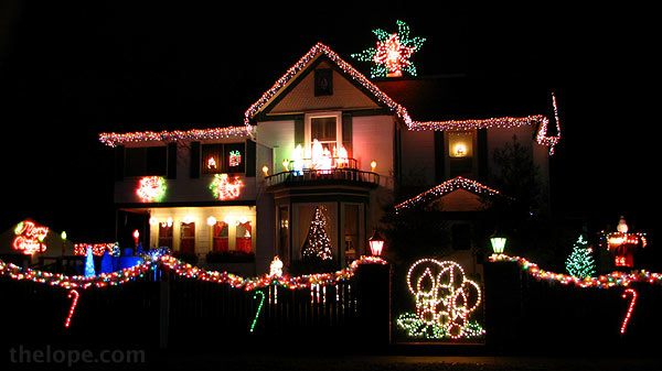 i think this house in webb city missouri is worthy of note in that it uses what look like huge municipal christmas decorations - Municipal Christmas Decorations
