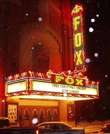 The Lope: Merry Christmas, Movie House!