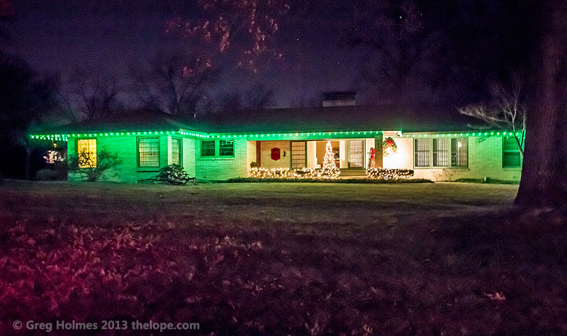 In The 1970s And 80s, Many Houses North Of NW Murphy Blvd. Used Green C7  Lights At Christmas. This Uniformity Of Green Is No Longer The Case, ...