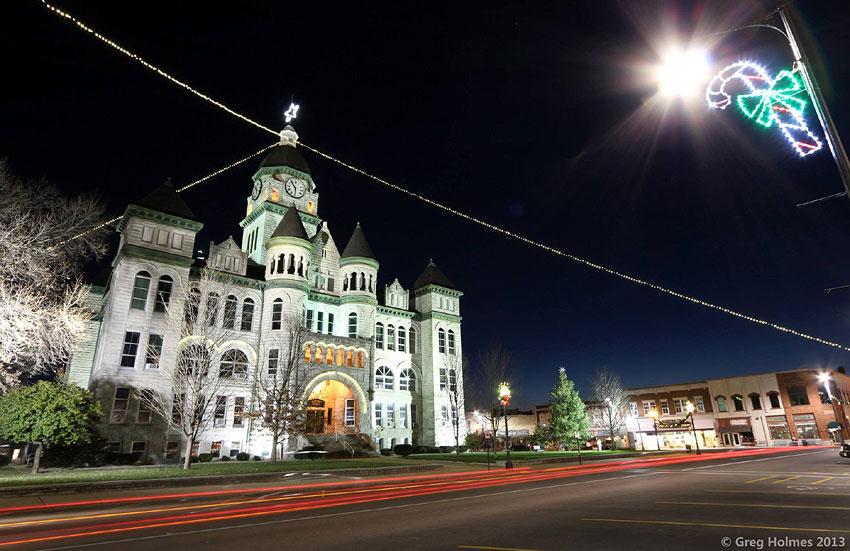 The Lope: Carthage, MO, Christmas Lights, 2016