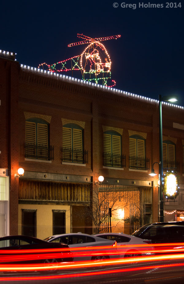 The Lope: Christmas Lights and Events in Hutchinson, Kansas, 2017