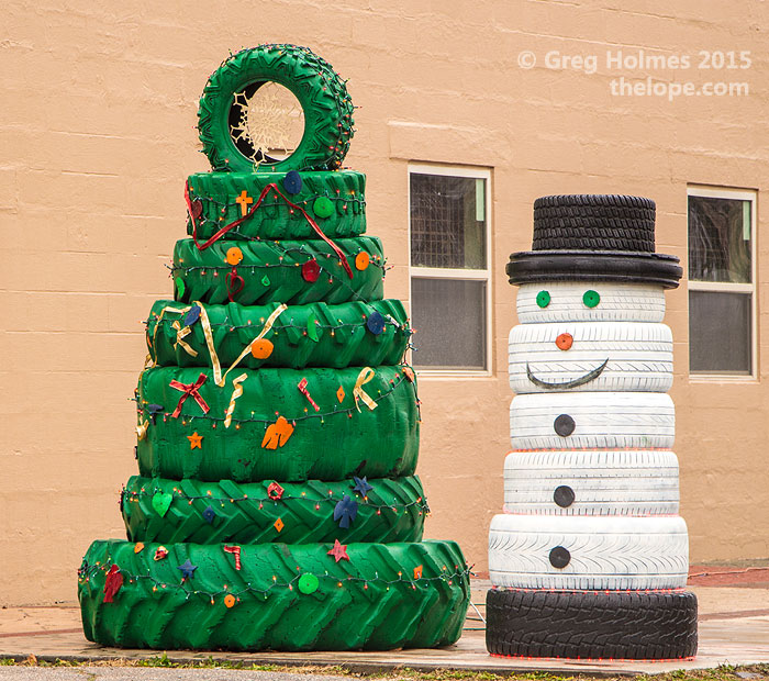 The lope for Snowmen made from tires